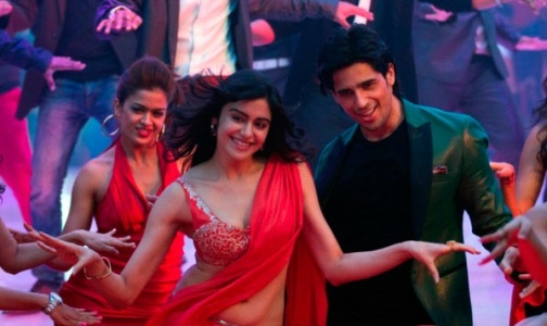 Adah-Sharma-and-Sidharth-Malhotra-in-a-'Shake-It-Like-Shammi'-song-still