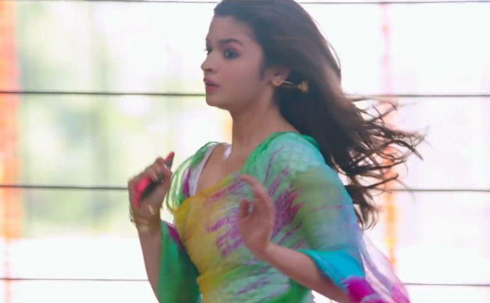 alia-bhatt-in-samjhawan-song-10
