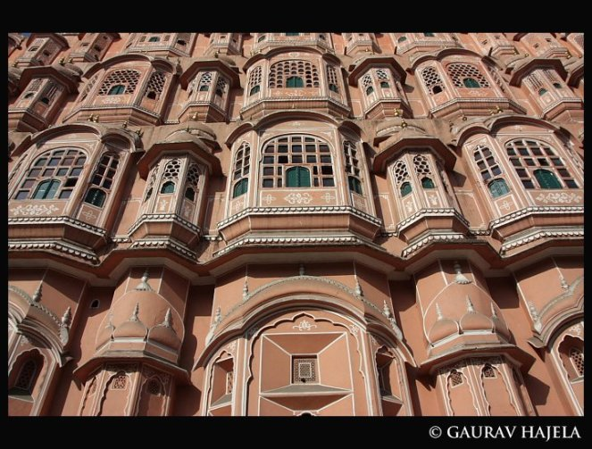 hawamahal brown