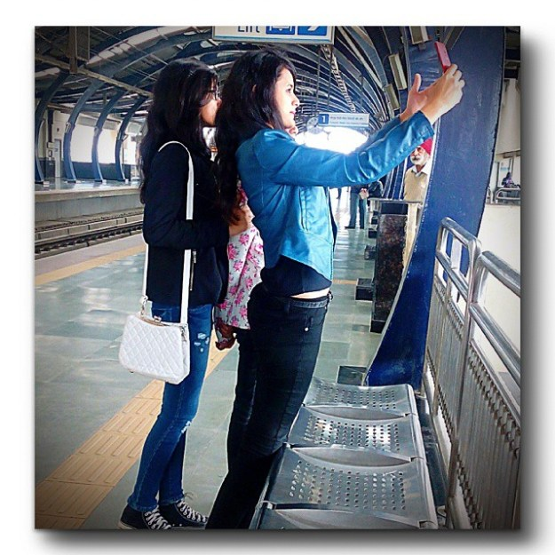 metro selfie