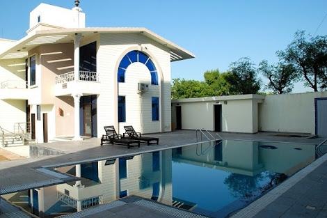 LA Premier Spa & Resort