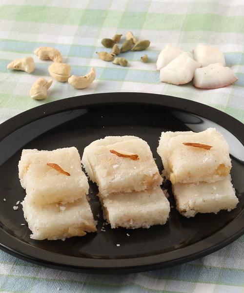 coconut-burfi-nariyal-barfi