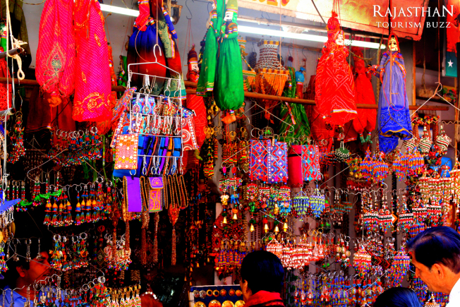 shop-at-pushkar