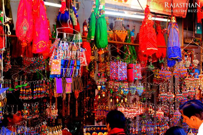 shop-at-pushkar