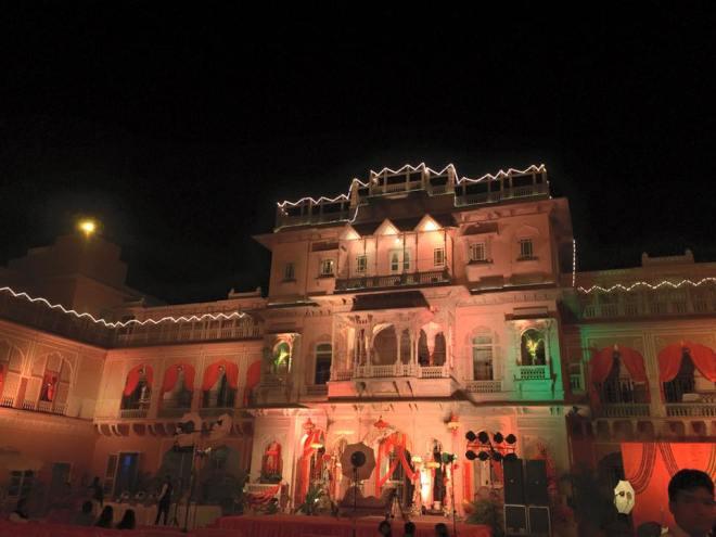 Chomu Palace.jpg