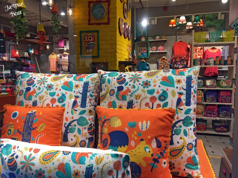 Moving Ahead With Accessories For Home D Cor For Which Chumbak One Of The Most Sought After Brands For Its Quirky Printed Designs Should Be The Most Apt