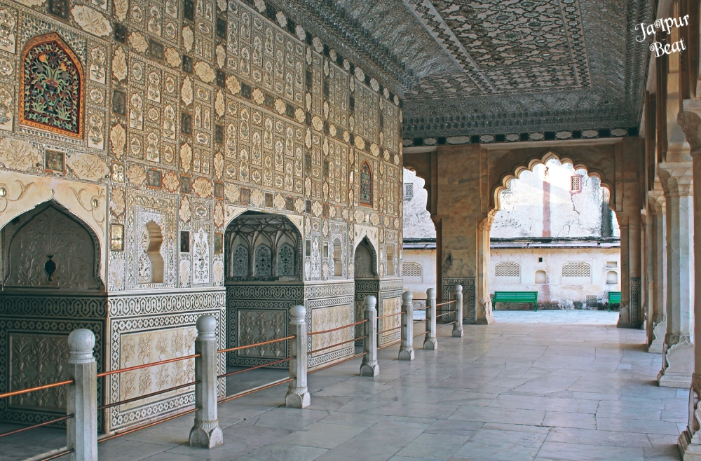 Sheesh Mahal small.jpg