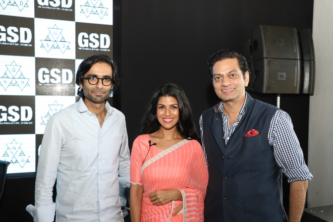 (l-r) Tarang Arora, Amrapali Jewels, Nimrat Kaur, Bollywoood actress & Raghavendra Rathore, Fashion designer.JPG