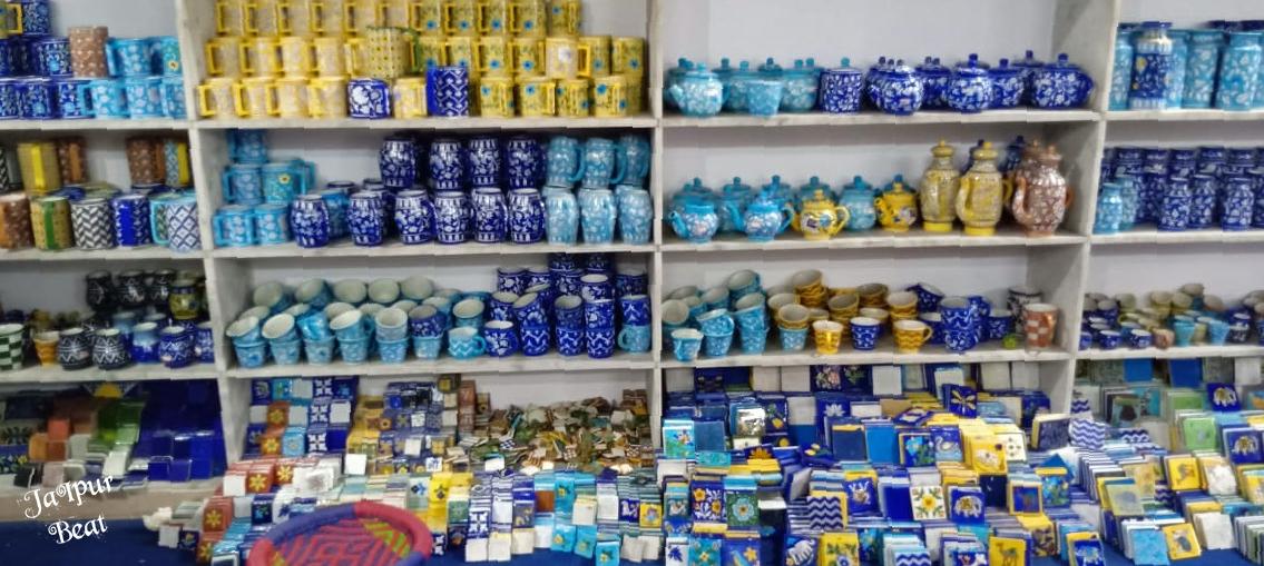 blue pottery_6.jpg