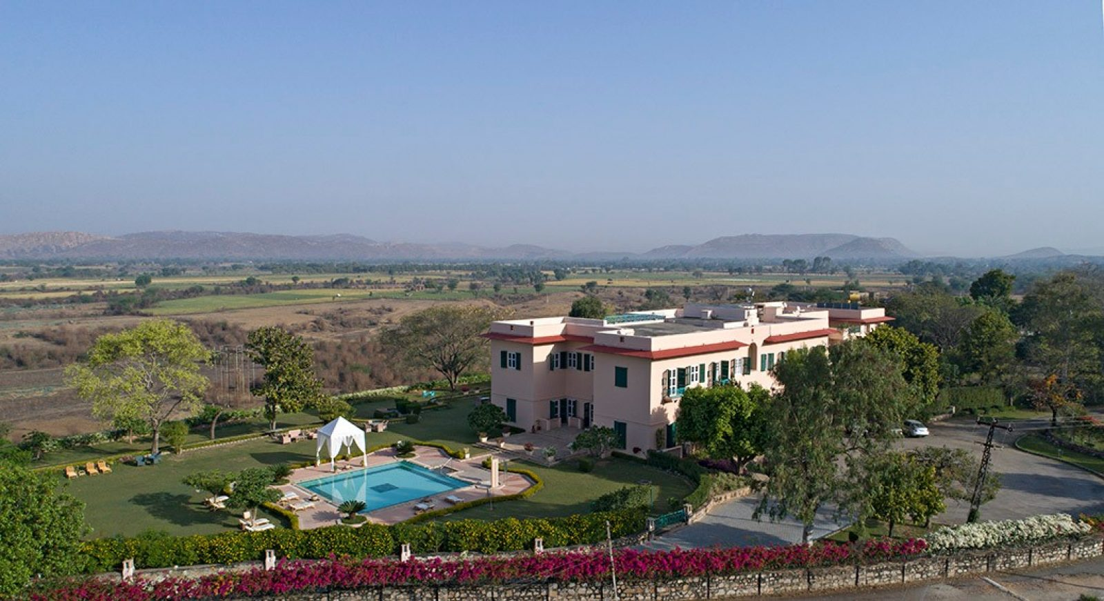 ramgarh lodge.jpg