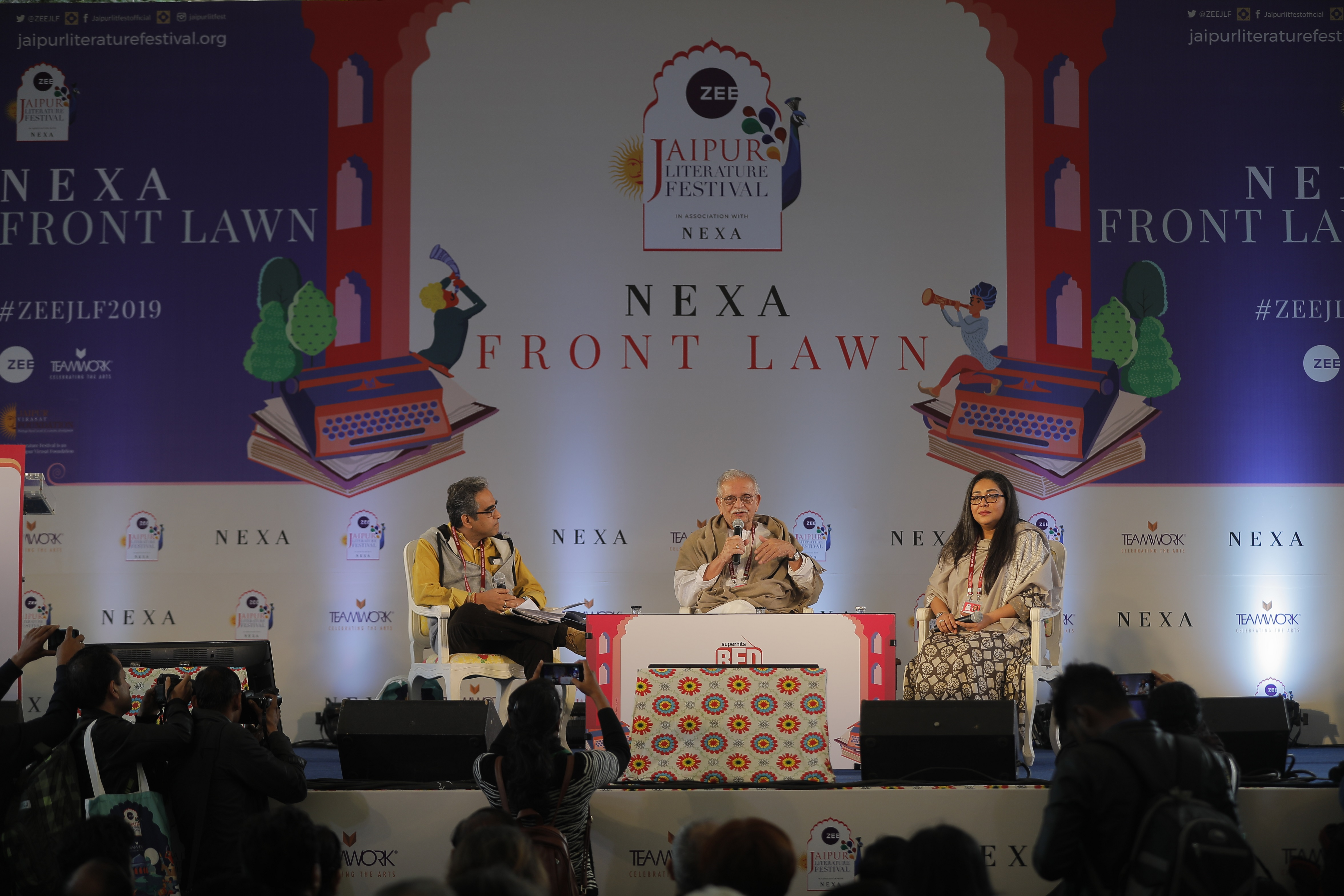 day 1_because we are a portrait of my father_gulzar and meghna gulzar in conversation with shantanu ray chaudhuri