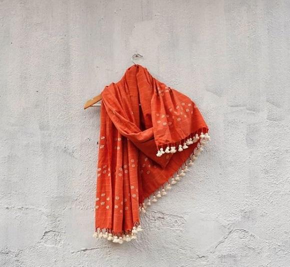 women weave_3