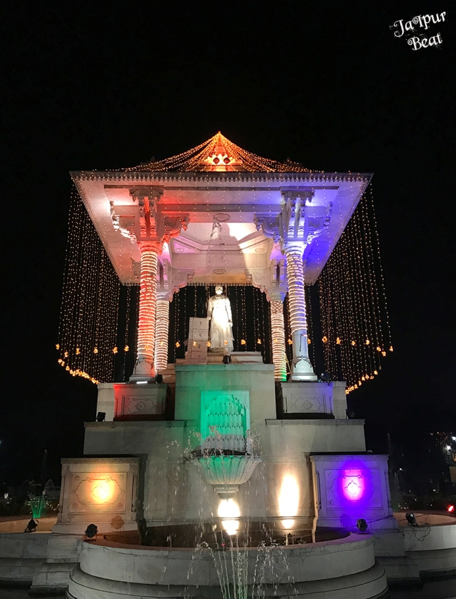 Statue Circle (1).JPG